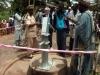 Inaugurazione con le autorità di un punto d\'acqua al villaggio